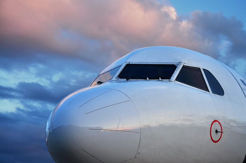 2018-9-7 Kloten Flughafen, Flugzeug 42 - 72 px