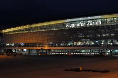 2018-9-7 Kloten Flughafen, bei Dunkelheit 5 - 72 px