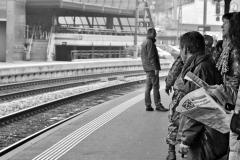 8-2013-4-8-Bahnhof-Wil-2c-sw-Uhren_Bildgröße-ändern