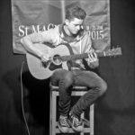 Griogair Morrison, Student und Gitarrist
